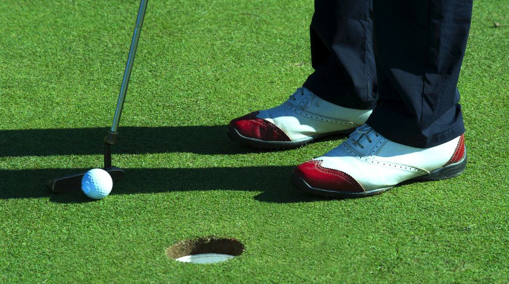 Wide Golf Shoes Specifications